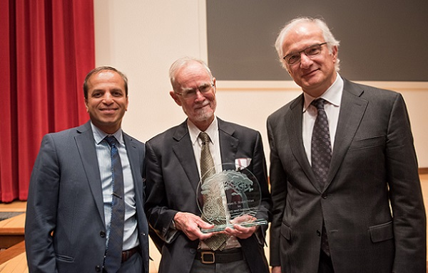 Professor Jonathan Sprent awarded prestigious Starzl Prize
